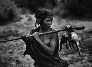 Mulher Mentawai - Amazonas Images/Divulgação/Sebastião Salgado